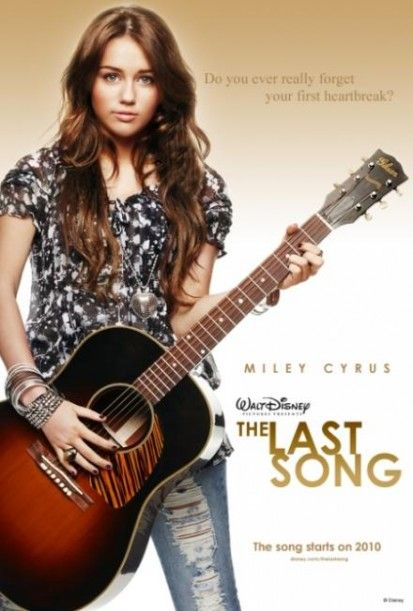 miley-cyrus-the-last-song-fan-pic-413x611-custom.jpg